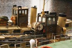 Naves viejas en muelle fotografía de archivo