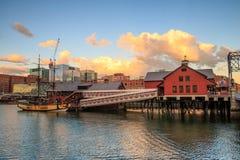 Naves y museo de la fiesta del té en Boston imagen de archivo libre de regalías