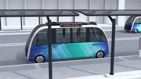 Navette autonome conduisant dans la gare routière illustration stock