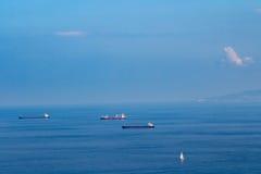 Navi al mare Immagini Stock