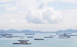 Navi da carico nel mare Immagini Stock Libere da Diritti
