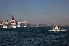 Navi da crociera a Costantinopoli Fotografia Stock Libera da Diritti