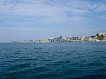 Navi da guerra della flotta di Mar Nero sulla baia di Sebastopoli Immagini Stock Libere da Diritti