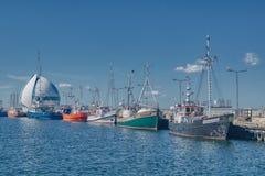 Navi nel porto della città dei Hel fotografie stock