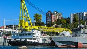 Navi nel porto marittimo Fotografia Stock