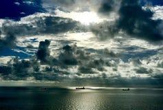 Navi prima della tempesta Fotografie Stock Libere da Diritti