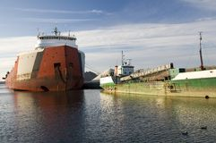 Navi sul lago Erie Immagini Stock
