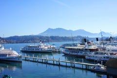 Navi a vapore nel porto di Lucerna Fotografie Stock Libere da Diritti