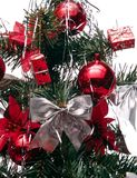 Navidad_a20d9982. Christmas tree with decorations, and gifts royalty free stock photos
