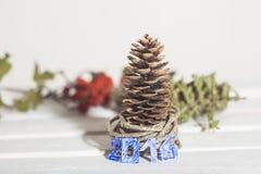 Navidad adornó el árbol Fotografía de archivo libre de regalías