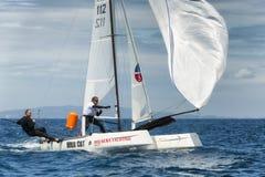 navigação do atleta na regata do catamarã do nacional da fórmula 18 Imagens de Stock Royalty Free