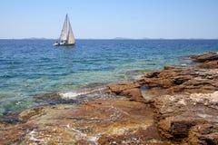 Navigação do mar em Croatia Fotografia de Stock