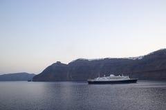 Navigação do navio de cruzeiros do porto Foto de Stock Royalty Free