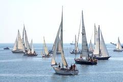 A navigação yachts a regata Imagem de Stock Royalty Free