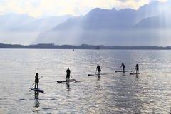 Navigando nel lago Fotografie Stock