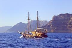 Navigando in Santorini Immagine Stock