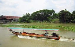 Navigando sul fiume Fotografia Stock Libera da Diritti