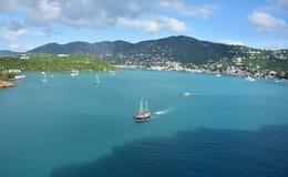 Navigando vicino a St Thomas fotografia stock libera da diritti