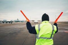 Navigatie van het vliegtuig bij de luchthaven Royalty-vrije Stock Afbeeldingen