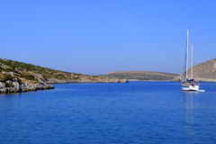 Navigation de voilier dans l'égéen Photo stock