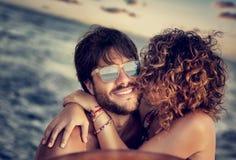 Navigation heureuse d'amants Image libre de droits