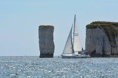 Navigation outre de vieux Harry le long de la côte de Dorset photos libres de droits
