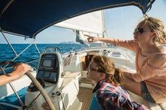 Navigation sur le bateau Image libre de droits
