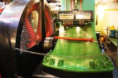 Navigationsbrettwerkzeuge, Seemaschine Teile eines Bootes oder des Schiffs Pumpen und Motoren stockfotos