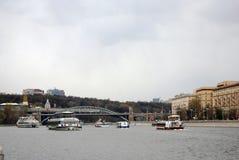 Navigationsjahreszeitöffnung in Moskau Lizenzfreie Stockfotos