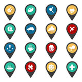 Navigationszeichen mit flachen Reiseikonen Stockfotos