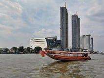Navigazione a Bangkok fotografie stock libere da diritti