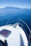 Navigazione della barca nel mar Mediterraneo Fotografia Stock