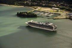 Navigazione della nave di crociere di principessa da Juneu Alaska Fotografie Stock