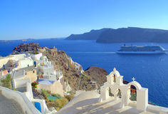 Navigazione di crociera da OIA, Santorini fotografia stock
