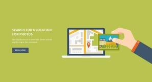 Navigazione mobile dei gps sul telefono cellulare con la mappa Fotografia Stock