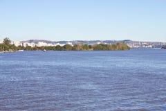 Navigera på Guabia sjön Arkivfoton