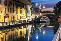 Naviglio Grande kanał w Mediolan, Lombardia, Włochy Zdjęcia Stock