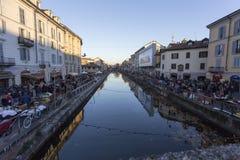 Naviglio na opinião de Milão de uma ponte Fotos de Stock