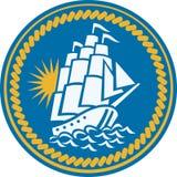 Naviguant le bateau grand Galleon rétro Image libre de droits