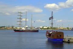 Navio alto Kaliakra, porto de Varna Foto de Stock