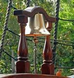 Navio de bronze Bell fotos de stock
