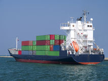 Navio de carga do recipiente Fotos de Stock Royalty Free