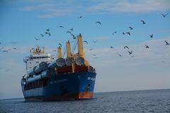 Navio de carga em Duluth Fotografia de Stock