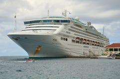 Navio de cruzeiros da princesa do mar imagens de stock royalty free
