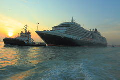 Navio de cruzeiros da rainha Victoria Fotos de Stock Royalty Free