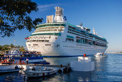 Navio de cruzeiros de Puerto Vallarta fotografia de stock