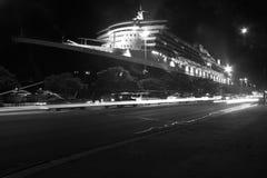 Navio de cruzeiros de Queen Mary 2 em Sydney, Austrália Fotos de Stock Royalty Free