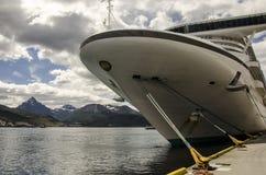 Navio de cruzeiros de Ushuaia Imagens de Stock Royalty Free