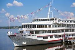 Navio de cruzeiros do rio Fotos de Stock Royalty Free