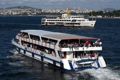 Navio de cruzeiros em Ä°stanbul, Turquia Fotografia de Stock